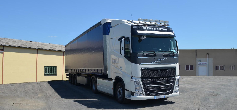28 tonnes Transports PALLUT, Parc à véhicules Volvo